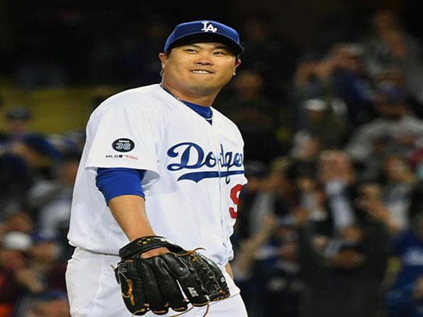 Dodgers' Ryu Hyun-jin tosses 4-hit gem for 1st shutout since '13