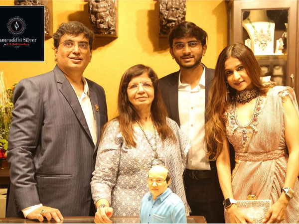 Samruddhi Silver, a one-stop showroom for all kinds of silver jewellery, articles