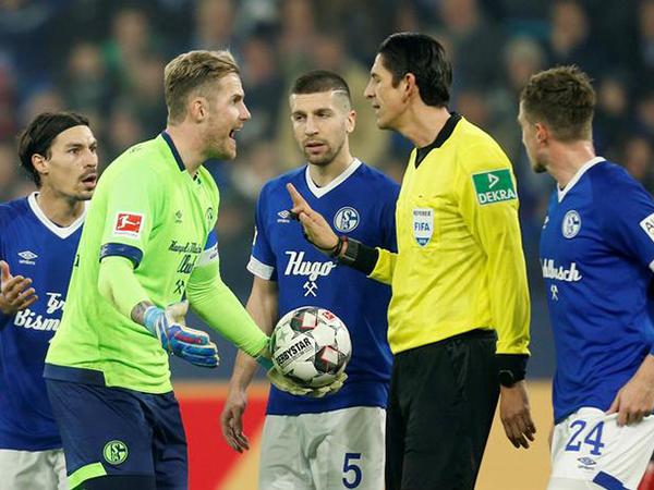 Berlin share spoils with Schalke in German Bundesliga