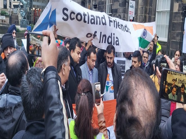 Scotland Friends for India gathered in Edinburgh on Saturday to show their support to the Indian government for the CAA.