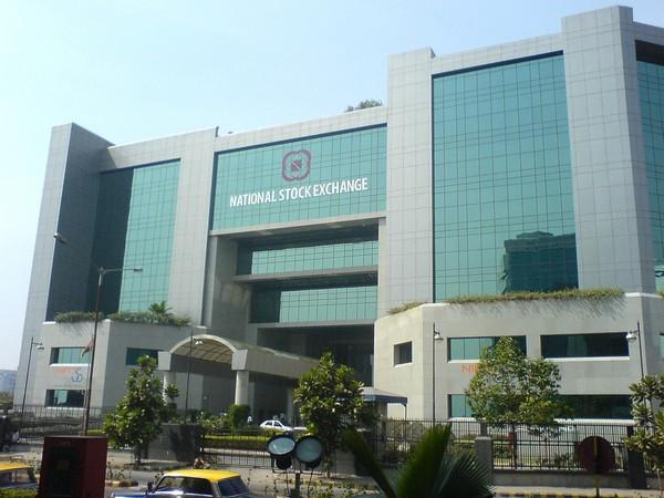 Sensex plummets 372 points as financials, pharma slide
