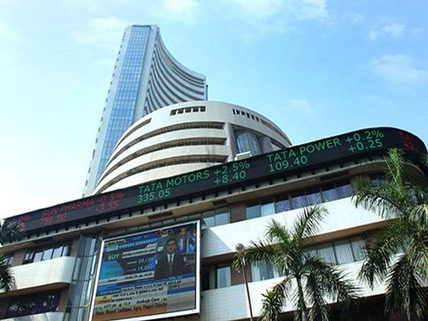 All sectoral indices were positive on Thursday morning