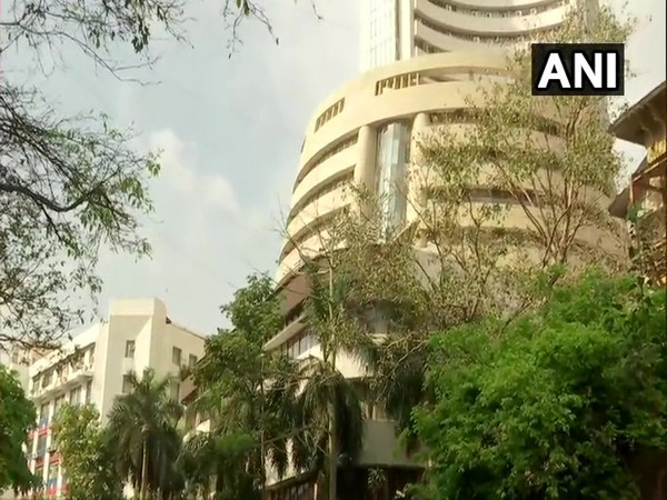 Sensex tumbles 300 points as Covid cases rise, auto and banking stocks crack