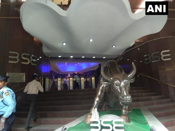 Sensex jumps 292 points, pharma and financial stocks lead the rally