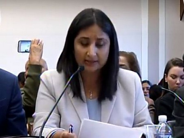 Kashmiri columnist Sunanda Vashisht a Congressional hearing on Human Rights organized by Tom Lantos HR Commission in Washington