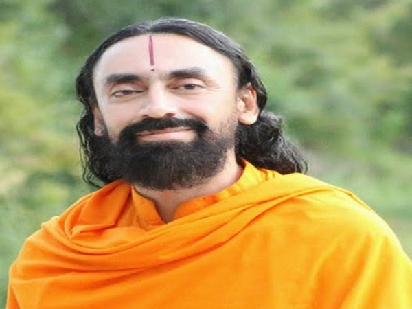 Swami Mukundananda, JKYog Founder, launches global Life Transformation Challenge