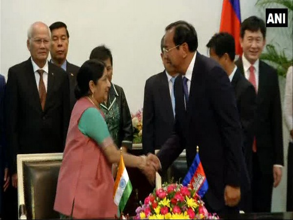 Swaraj co-chairs 16th Joint Commission in Vietnam