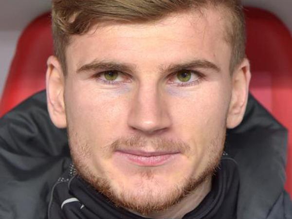 Bundesliga giants step away from top Liverpool striker target