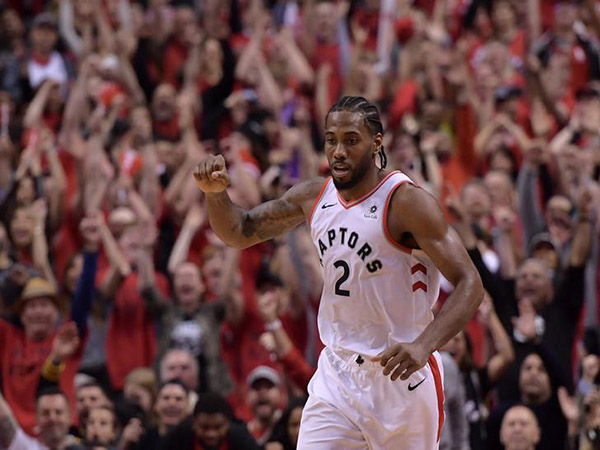 Resilient Raptors rally past Bucks to reach 1st NBA Finals in franchise history