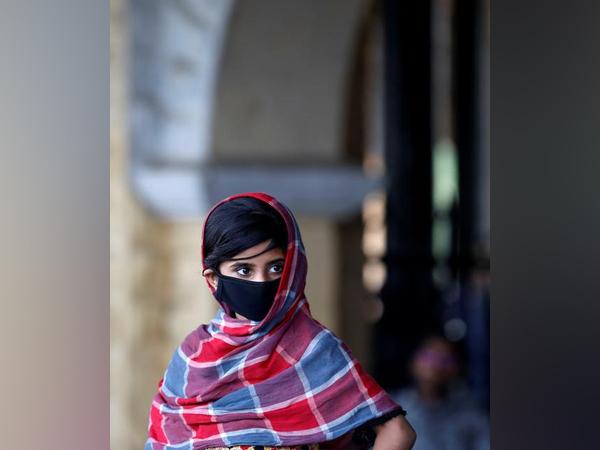 Youth form majority of over 1000 coronavirus cases in Pak: Zafar Mirza