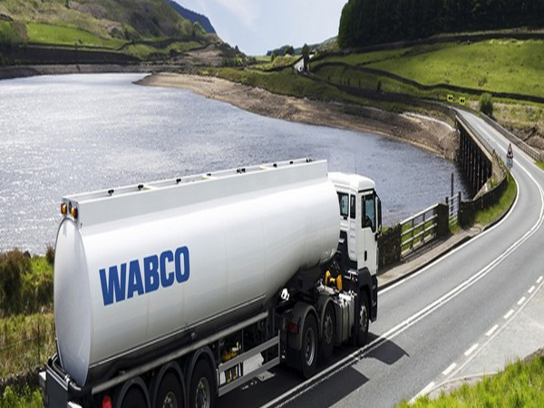 Wabco is at the forefront of advanced fleet management systems and digital services.