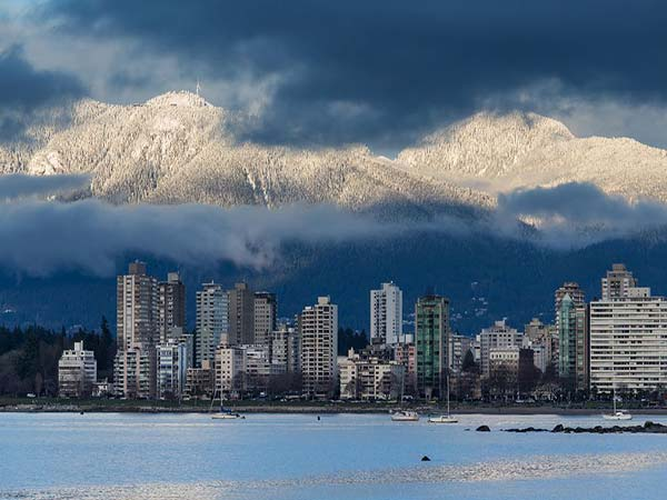 Vancouver Weather: Mild with scattered showers