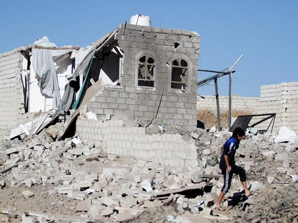 31 people killed in Saudi-UAE- led military airstrikes in Yemen