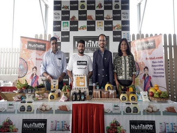 Youdhbir Singh - Investor,  Abhishek Rao & Mayank Arora, Co-founders & Directors, NutriMoo and Somya Satsangi, Investor announcing NutrIMoo tie-up with SubhaLaxmi Program for women