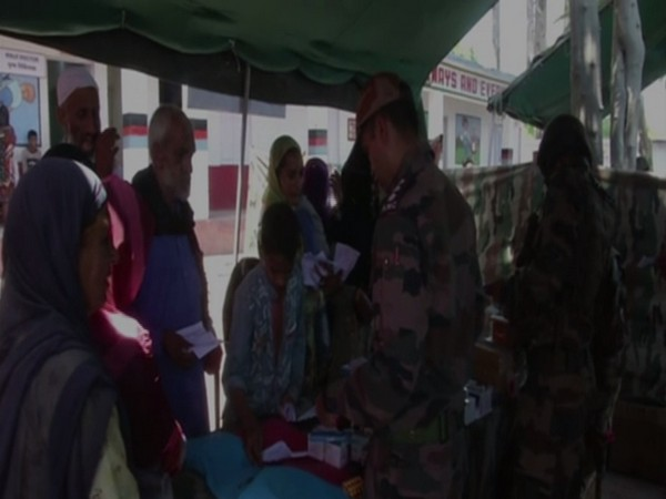 Army organises medical camp in border village of RK Sector. Photo/ANI
