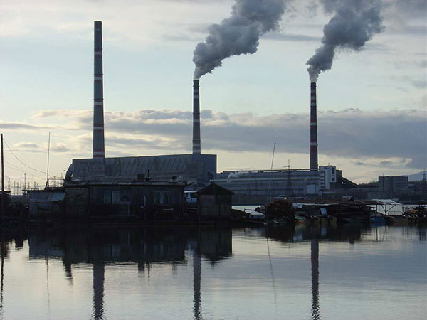 Washington eyes nation's first state carbon tax to combat global warming