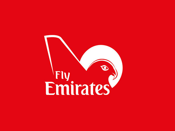 Emirates to offer chauffeur-less drones with fully-enclosed First Class private suites?