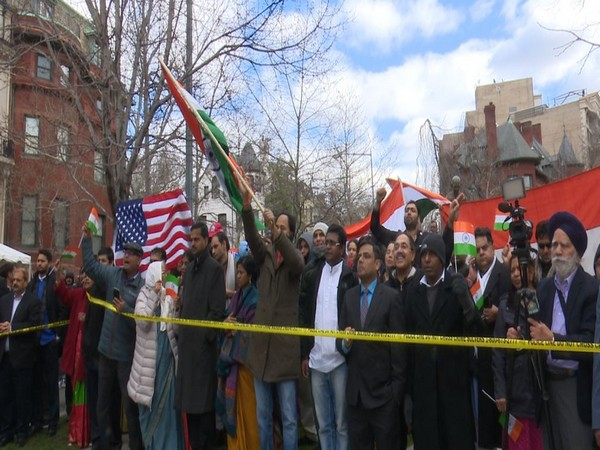 Indian Americans celebrate Republic Day outside embassy in Washington