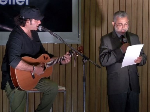 Justice Kurian Joseph sings at event for Kerala flood relief