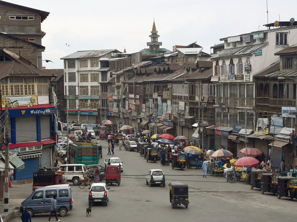 Development gains pace in Kashmir, stone-pelting declines after Article 370 abrogation