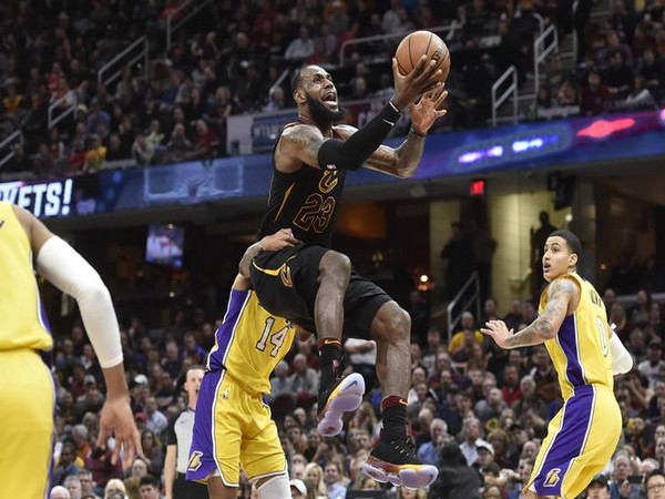Lakers owner rips LeBron haters in Los Angeles