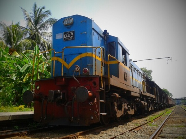 Sri Lankan govt to build first electric rail track in Kandy