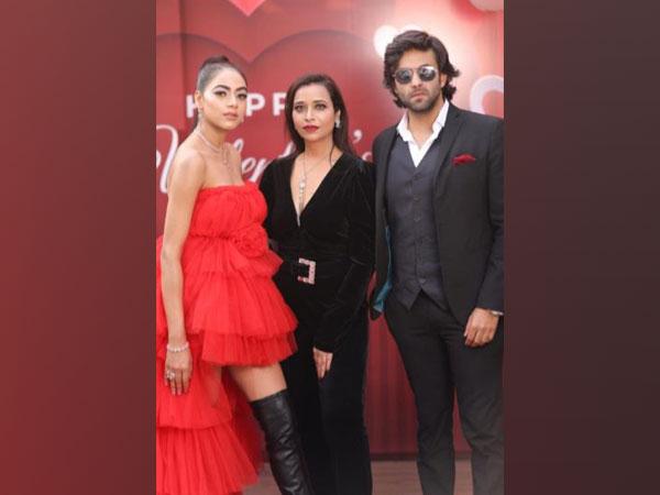 When celebrity make-up artist Anubha Dawar added glam to Valentine's Day shoot