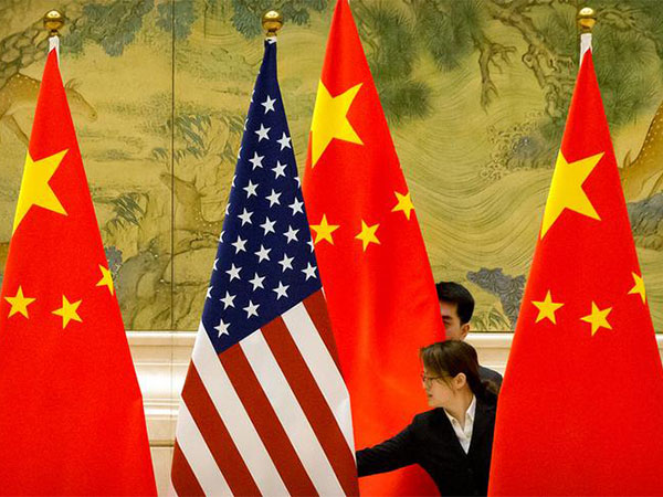 US to slap tariffs on $325B in Chinese goods, WH says, but trade talks to resume Friday