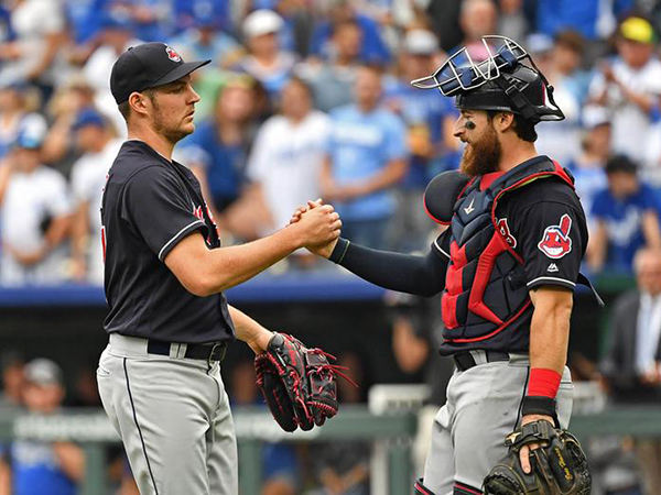 Indians pitcher Trevor Bauer vows to use Twitter 'more responsibly in the future'