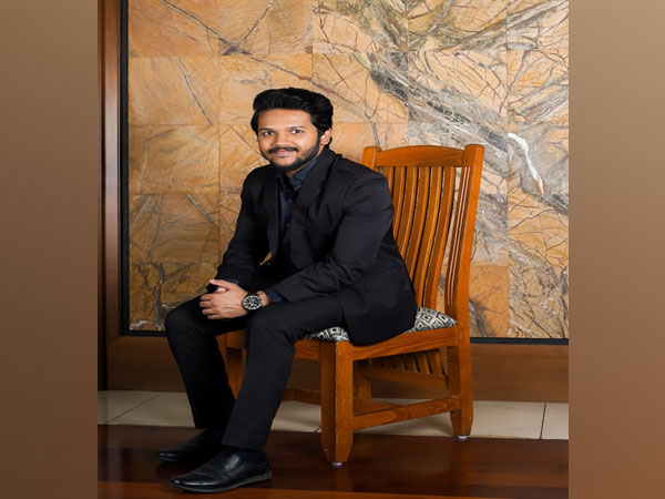 Meet young CEO of Vieroot Aditya Narayan, carrying his father Dr Sajeev Nair's legacy