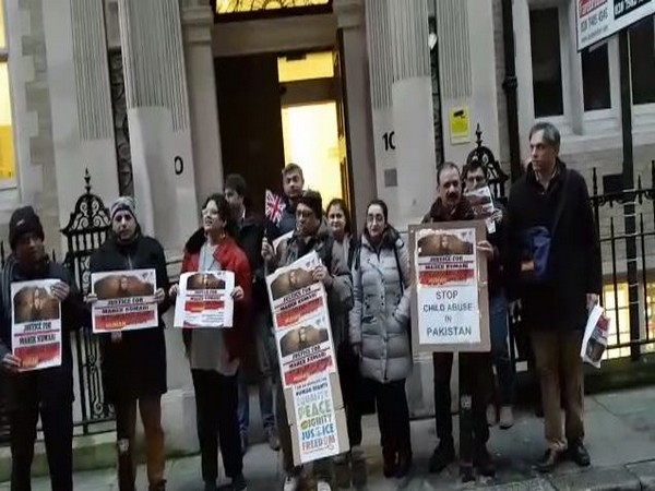 Protest took place outside UN office in London to seek justice for Mehak Kumari. Photo/ANI