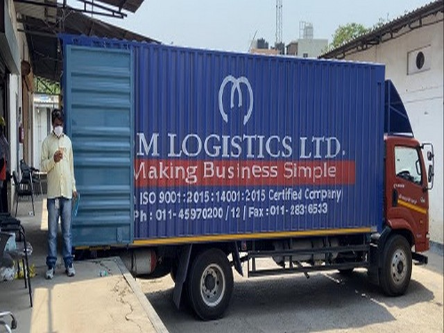Om Logistics partners with Democracy People Foundation for Mission Oxygen initiative