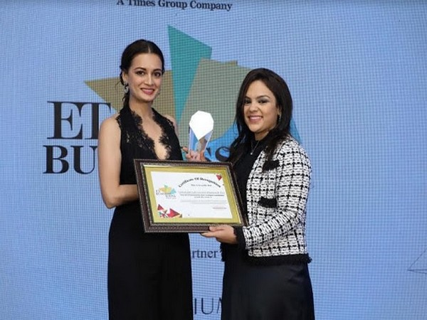 Pooja Sheth of Limelight Diamonds receives ET Business Icon Award
