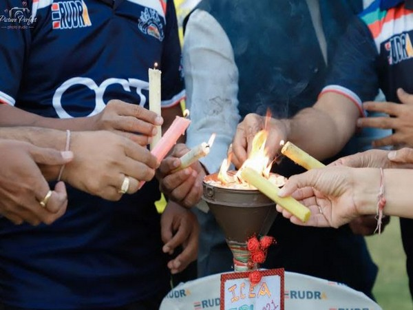 OctaFX supports 'Fit India Movement' with its student cricket team at tournament