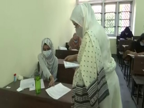 Thousands turn up to take Sher-e-Kashmir University entrance exam for agricultural courses
