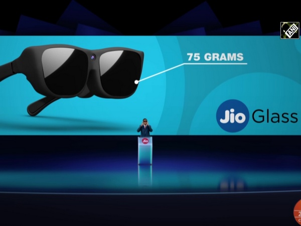 Reliance unveils 'Jio Glass' for mixed reality experience