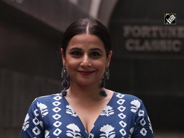 Vidya Balan looks summer-ready in maxi dress