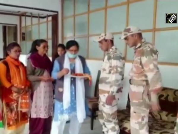 Watch: Women tie rakhis to ITBP soldiers in Uttarakhand's Chamoli