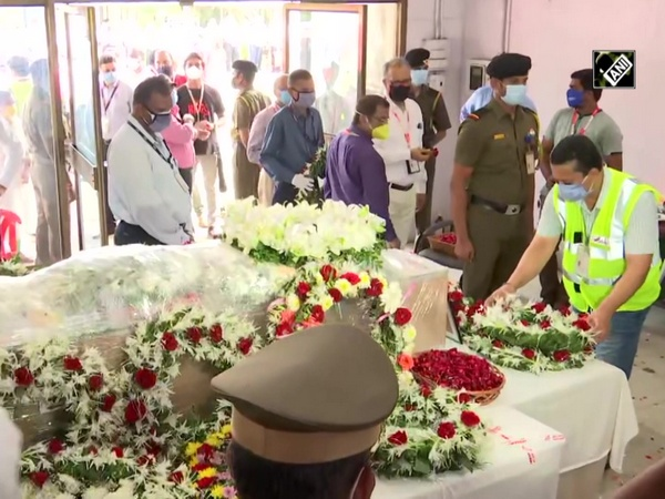 Kerala plane crash: Fraternity pays last respects to captain DV Sathe