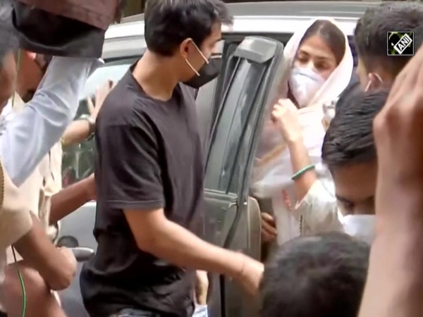 Sushant death case: SSR's friend Siddharth Pithani arrives at ED office