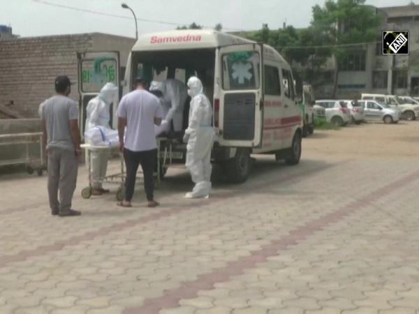 NGO in Ludhiana provides ambulance service to corona patients across faiths