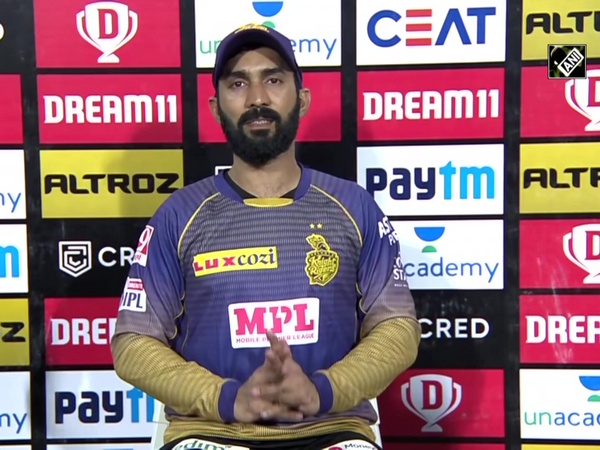 IPL 2020: KKR captain backs Pat Cummins after costly spell against MI