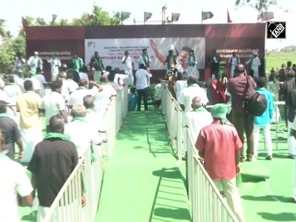 MK Stalin joins farmers protest in TN's Kanchipuram
