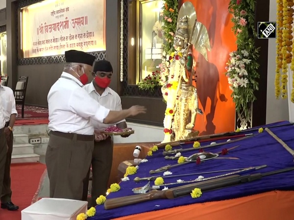 Mohan Bhagwat participates in annual Dussehra function at RSS HQ