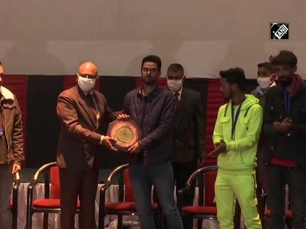J&K Light Infantry Regiment organises talent hunt show for youth