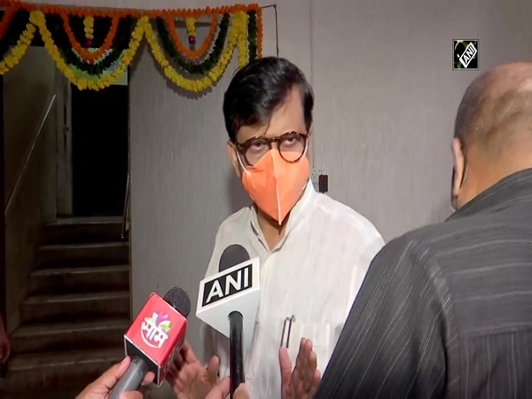 'Why they didn't give Bharat Ratna to Veer Savarkar?,' questions Sanjay Raut