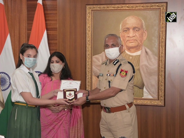 Commissioner of Police felicitates meritorious students of Delhi Police Public Schools
