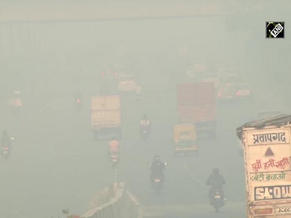 Delhi continues to choke