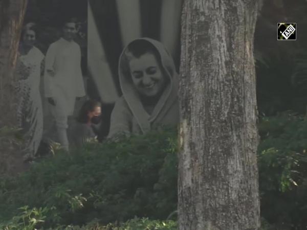 Sonia Gandhi remembers Indira Gandhi on her 103rd birth anniversary