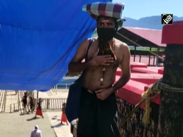 Devotees reach Sabarimala to offer prayers to Lord Ayappa